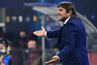 Conte y otro tirón de orejas al arbitraje en Europa, ¿con el recuerdo del Inter-Madrid? AFP