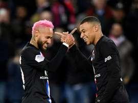 Prolongation en vue pour Neymar, pas pour Mbappé