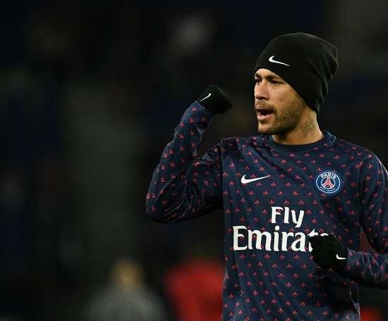 El Barça ya no descarta el regreso de Ney. AFP