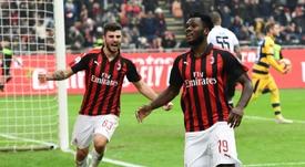 Franck Kessié puede salir del Milan. AFP