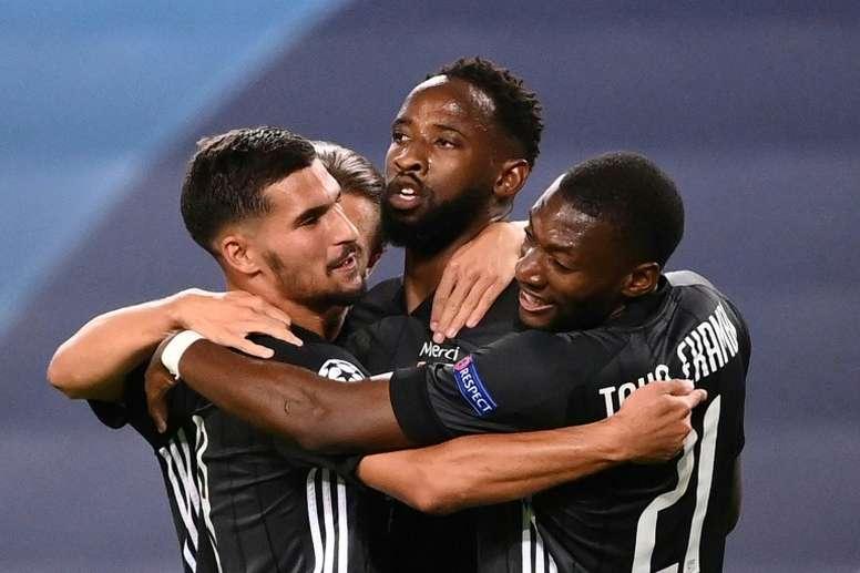 El Atlético aceptó pagar un millón al OL por la cesión de Dembélé. AFP