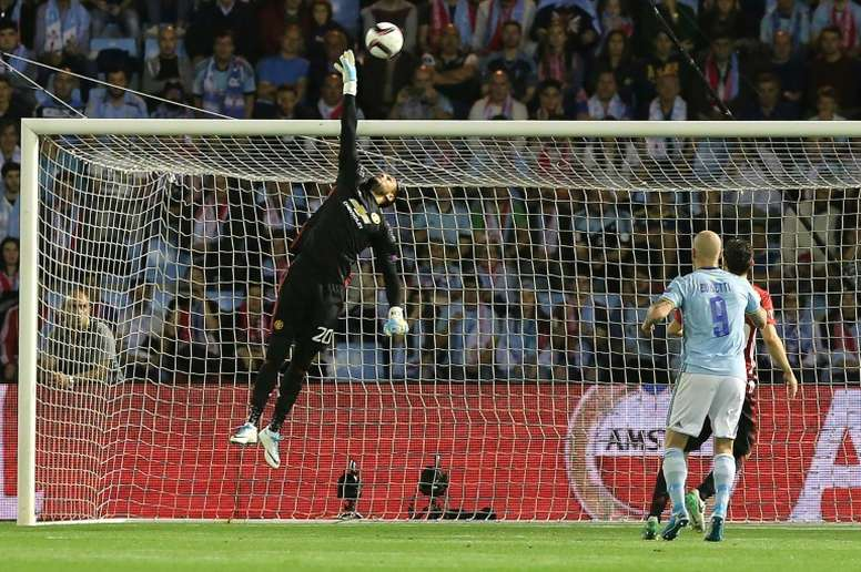Romero will have a meeting with United. AFP