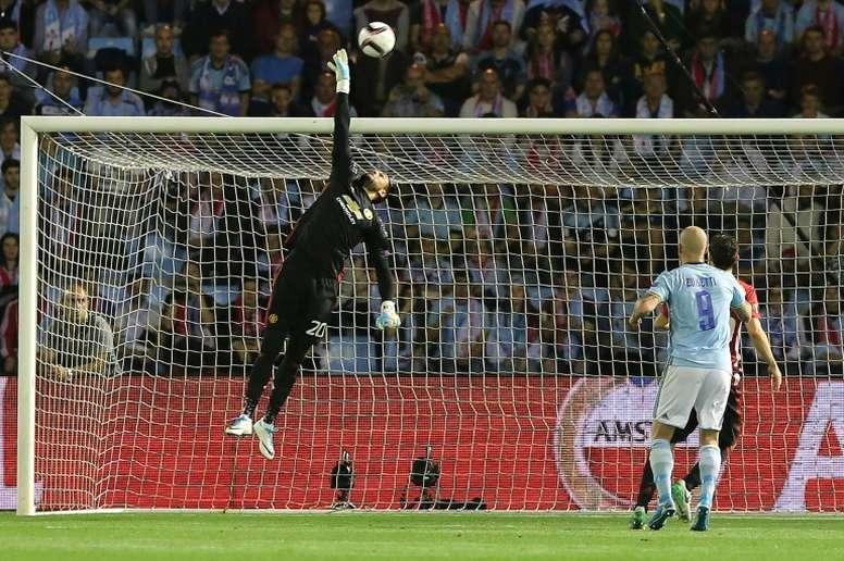 El portero argentino se marchó lesionado ante España. AFP
