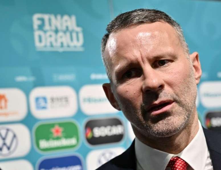 El desorbitado bonus que recibió Giggs por clasificar a Gales a la Euro. AFP