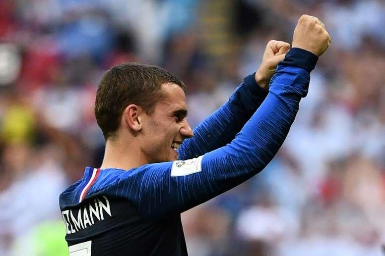 Simeone felicitó a Griezmann por llegar a la final. AFP