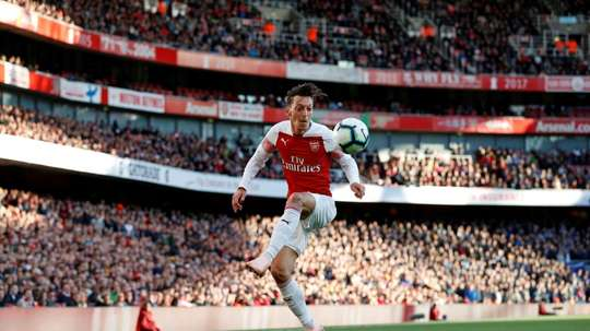 Ozil's signing could be made official on Monday. EFE
