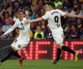 Valencia stun deflated Barcelona to win Copa del Rey. AFP