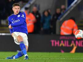 Barnes, Vardy doubles put Leicester back on track