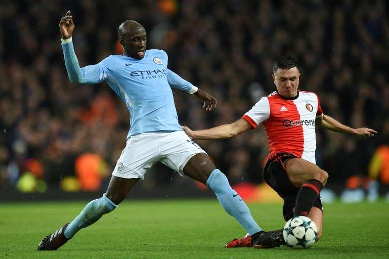 Guardiola no piensa dejar de contar con Mangala. AFP