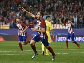 Atletico Madrids midfielder Saul Niguez celebrates scoring during the UEFA Champions League group C football match against Astana in Madrid on October 21, 2015
