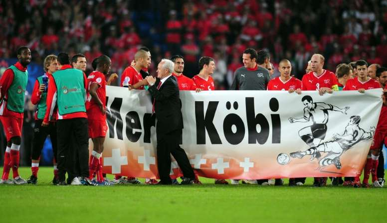 Former Switzerland manager Kuhn dies at 76. AFP