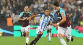 Tom Ince podría abandonar el Huddersfield. AFP