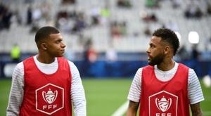 Mbappé e Verratti entram na lista do PSG para Lisboa. AFP