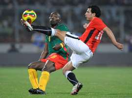 Geremi Njitap (L) and Abdel Wahed Moawad during a 2008 Africa Cup of Nations match. AFP