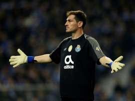 La declaración de amor de Casillas a Cazorla tras su gol. AFP