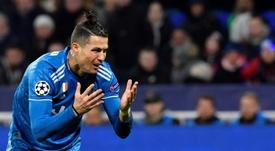 Cristiano no logró remontar el partido con la Juve. AFP