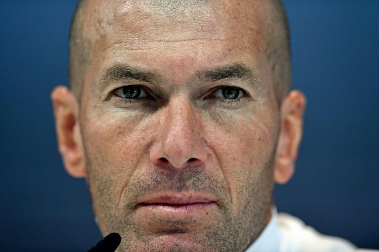 Un Real Madrid en crisis empata con el Levante