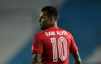Dani Alves, duda para la final del Paulista. AFP