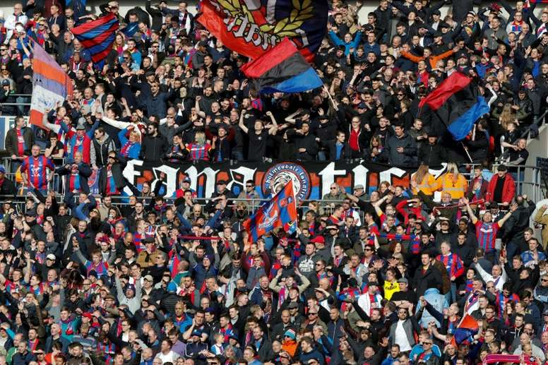 Hodgson Not Affected By Loss Of Palace Ultras Besoccer