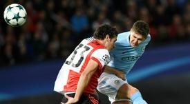 Guardiola tiene un problema en defensa. AFP