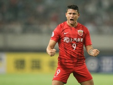 China risk backlash with Brazilian Elkeson set for World Cup campaign