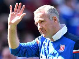 Paul Lambert deixa o comando técnico do Stoke. AFP