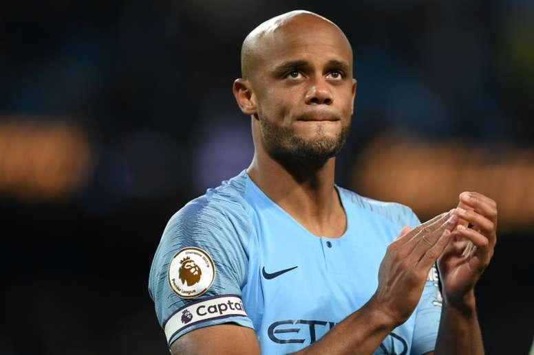 OFICIAL: Kompany anunció su salida del Manchester City. AFP