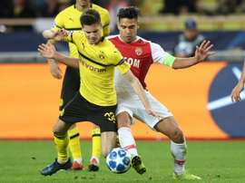 The midfielder seems set to remain at the Westfalenstadion. GOAL