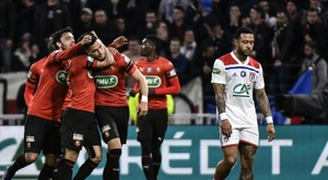 Genesio future unclear as Lyon lose in French Cup