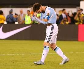 Figo defendió a Messi de las críticas. AFP