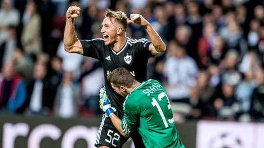 El Qarabag logró la victoria en el tramo final. AFP/Archivo