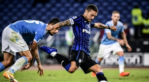 Papu Gomez (C) scored twice in win over Lazio in Rome. AFP