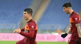 Roger Ibanez fue el sexto cambio de la Roma. AFP/Archivo