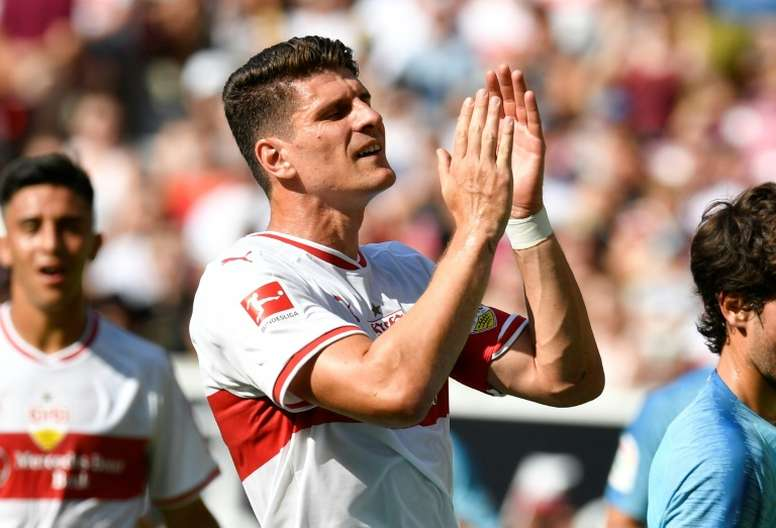 Mario Gomez deixou o futebol com uma brincadeirinha. AFP