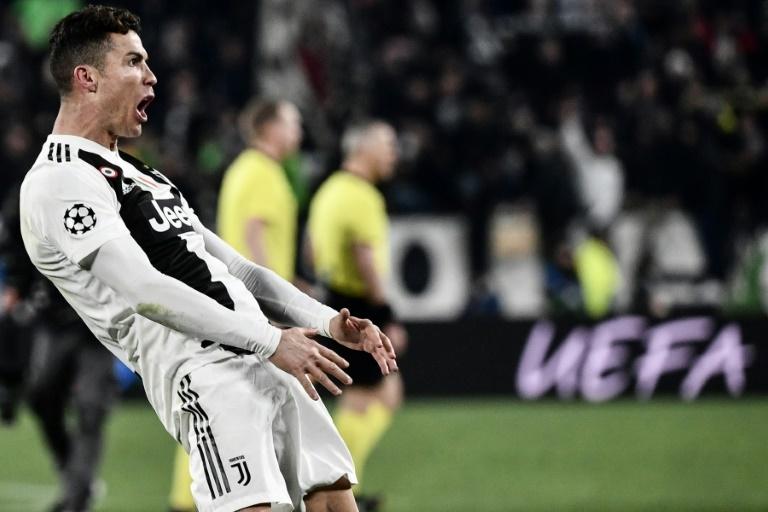 Hat tricks Messi vs Cristiano