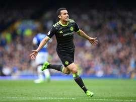 Vitória por 0-3 do Chelsea teve início em golaço de Pedro Rodríguez (66'). AFP
