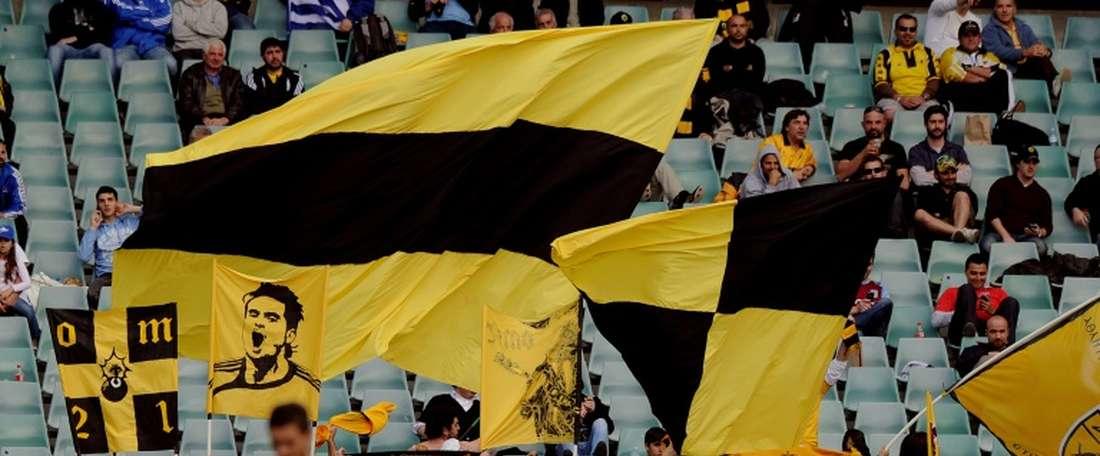 El AEK ha remontado al Olympiakos en El Pireo. AFP/Archivo