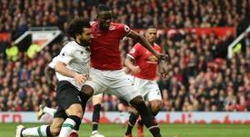 Bailly podría renovar con el United. AFP