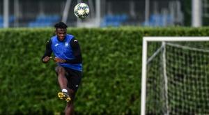 Atalanta formally sign Colombian ace Zapata. AFP