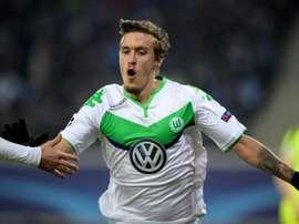 O internacional alemão foi a grande figura da vitória sobre o Hannover 96. AFP