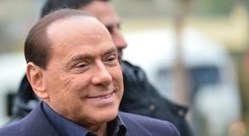Berlusconi cutuca o Milan. AFP