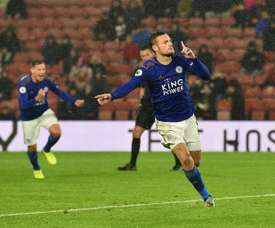 Leicester make history with nine-goal destruction of Southampton