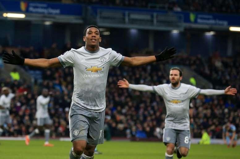 Anthony Martial ha dado el triunfo al United ante el Burnley. AFP
