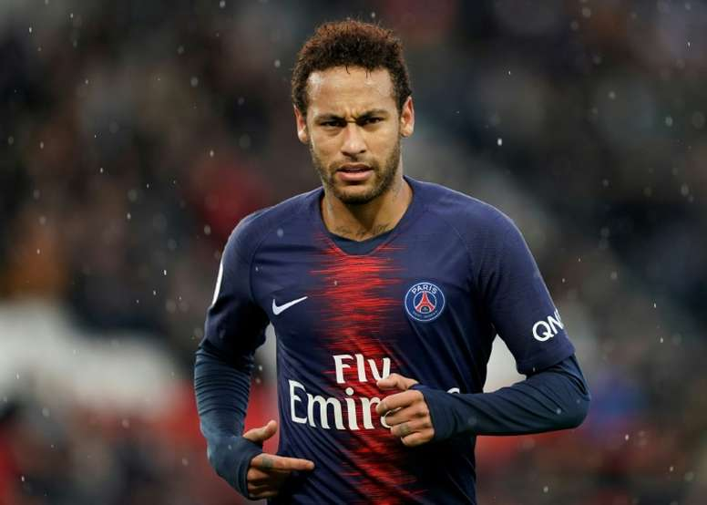 Neymar will stay at PSG for a third season. AFP