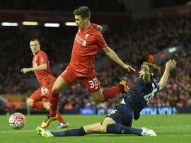 El jugador del Liverpool saldrá cedido en busca de minutos. AFP