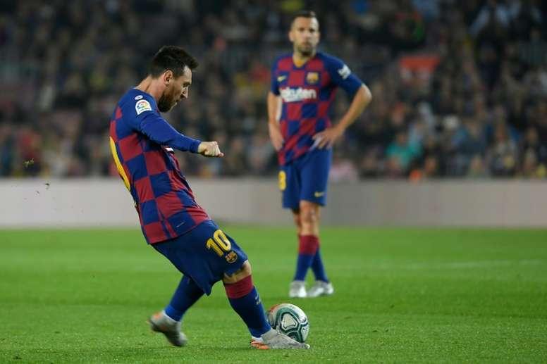 Messi could soon overtake Maradona in free kick goals. EFE