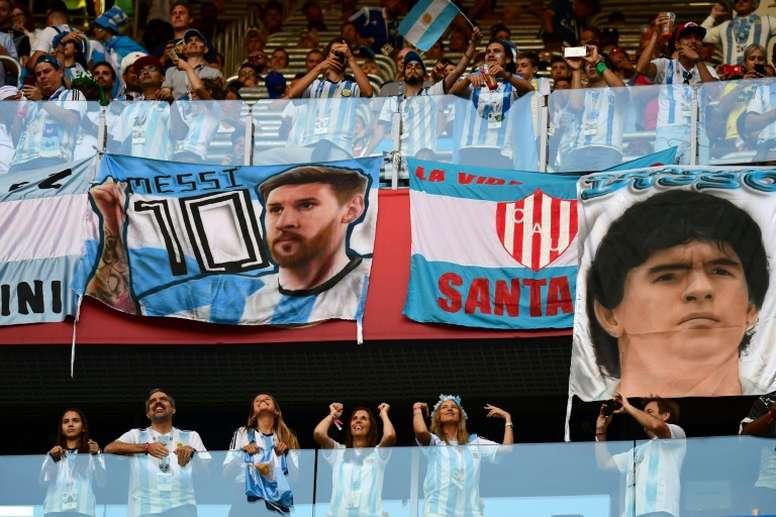 Messi va al hogar de Maradona. AFP