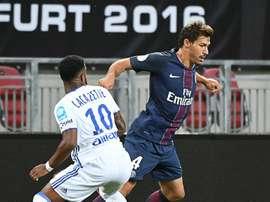 Stambouli pone rumbo a la Bundesliga. AFP