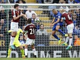 El Leicester ha caído derrotado, no sin polémica, en casa del Burnley. AFP/Archivo