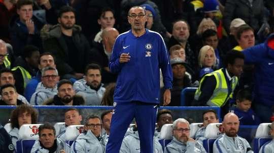 Sarri félicite ses joueurs. AFP